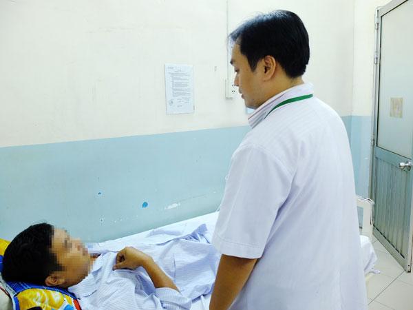 3 bệnh nhân nuốt tăm, xương cá vào bụng mà không hề hay biết